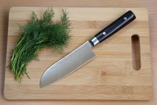 Kai Shun Santoku Küchenmesser von Tim Mälzer Serie